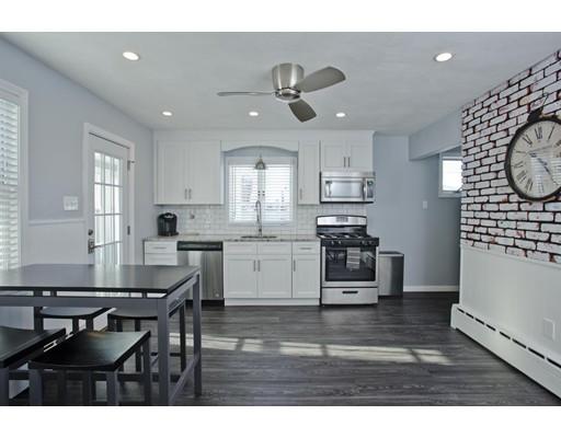 Maison unifamiliale pour l Vente à 36 Spring Street 36 Spring Street Agawam, Massachusetts 01001 États-Unis