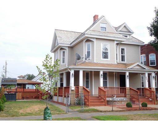 Многосемейный дом для того Продажа на 252 Pine Street 252 Pine Street Holyoke, Массачусетс 01040 Соединенные Штаты