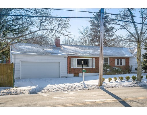 Single Family Home for Sale at 8 Tedesco Street 8 Tedesco Street Marblehead, Massachusetts 01945 United States