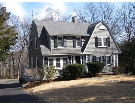 Частный односемейный дом для того Аренда на 58 Longfellow Road 58 Longfellow Road Wellesley, Массачусетс 02481 Соединенные Штаты