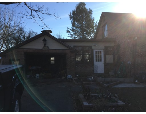 7 Campbell Pl, Chicopee, MA, 01020