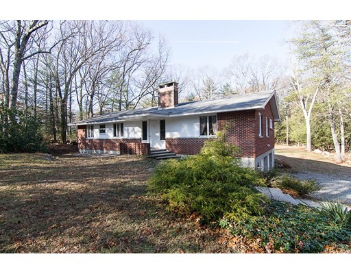 Single Family Home for Sale at 120 Maple Street 120 Maple Street Sherborn, Massachusetts 01770 United States
