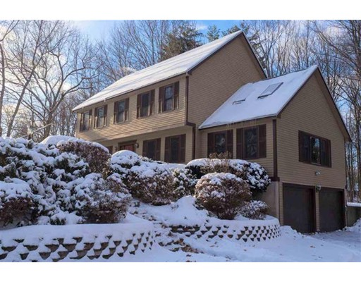 Maison unifamiliale pour l Vente à 36 Munroe Drive 36 Munroe Drive Hampstead, New Hampshire 03826 États-Unis