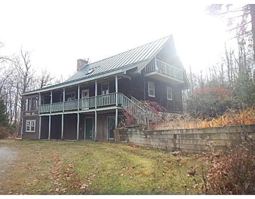 Casa Unifamiliar por un Venta en 3 Flagg Hill Road 3 Flagg Hill Road Heath, Massachusetts 01346 Estados Unidos