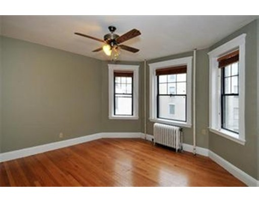 Additional photo for property listing at 374 Chestnut Hill Avenue  Boston, Massachusetts 02135 Estados Unidos