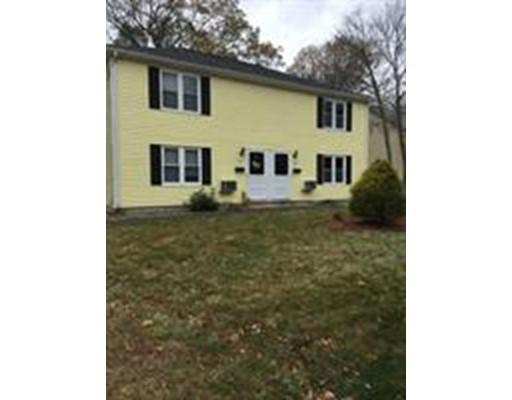 Casa unifamiliar adosada (Townhouse) por un Alquiler en 121 Spruce #0 121 Spruce #0 North Attleboro, Massachusetts 02760 Estados Unidos