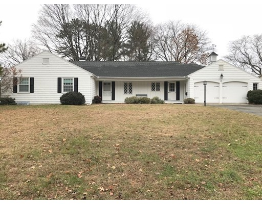 Single Family Home for Rent at 26 Captain Road 26 Captain Road Longmeadow, Massachusetts 01106 United States