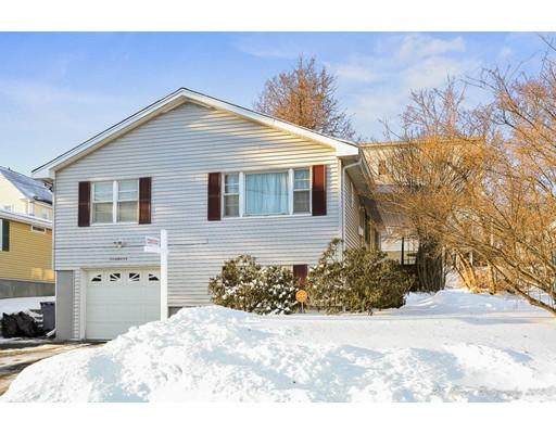 Maison unifamiliale pour l Vente à 51 Thornton Street 51 Thornton Street Lawrence, Massachusetts 01841 États-Unis