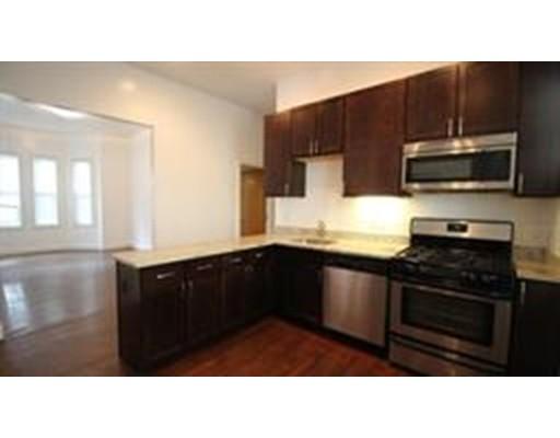 Частный односемейный дом для того Аренда на 24 Ashford Street 24 Ashford Street Boston, Массачусетс 02134 Соединенные Штаты
