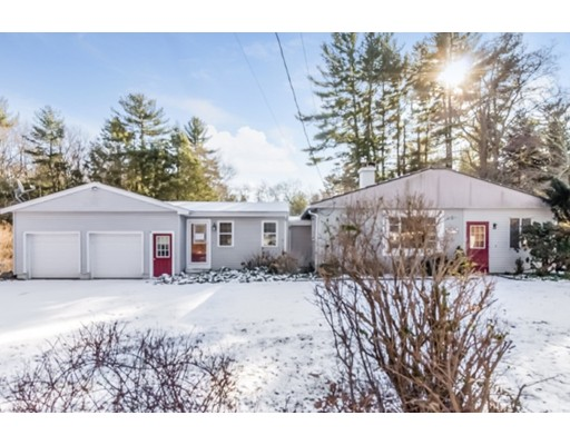 Single Family Home for Sale at 750 E Washington Street 750 E Washington Street Hanson, Massachusetts 02341 United States