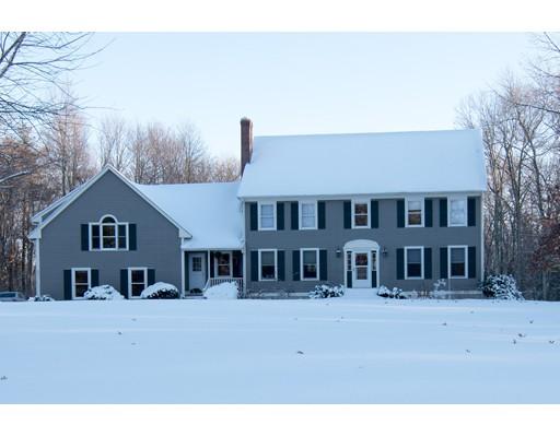 Maison unifamiliale pour l Vente à 30 Picadilly Road 30 Picadilly Road Hampstead, New Hampshire 03841 États-Unis