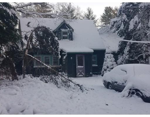واحد منزل الأسرة للـ Sale في 160 Barker Street 160 Barker Street Pembroke, Massachusetts 02359 United States