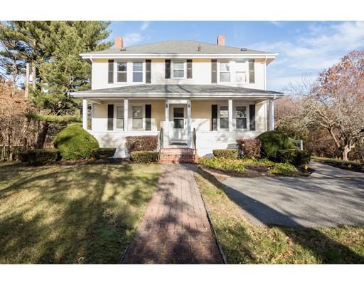 独户住宅 为 销售 在 19 Mattakeesett Street 19 Mattakeesett Street 彭布罗克, 马萨诸塞州 02359 美国