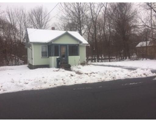 Maison unifamiliale pour l Vente à 33 Place Ter 33 Place Ter Greenfield, Massachusetts 01301 États-Unis