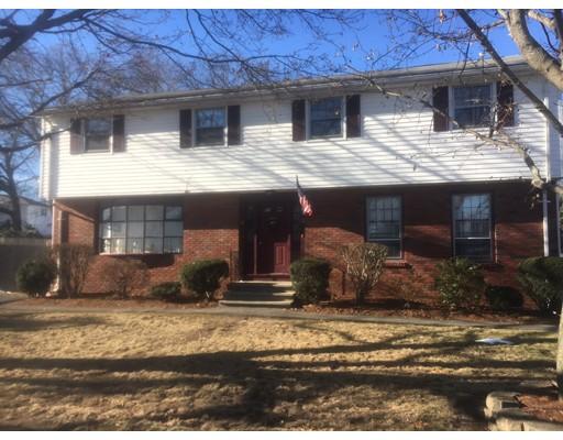 Многосемейный дом для того Продажа на 20 Lee Street 20 Lee Street Stoneham, Массачусетс 02180 Соединенные Штаты