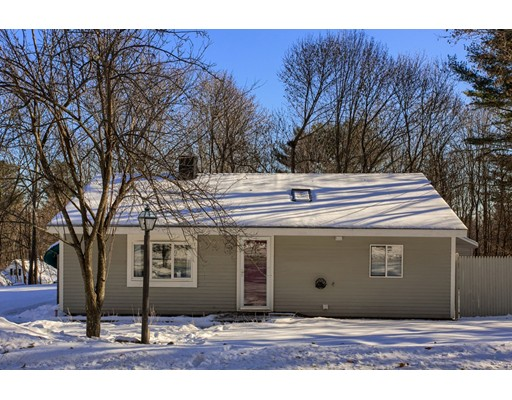 Single Family Home for Sale at 176 Prescott Street 176 Prescott Street West Boylston, Massachusetts 01583 United States
