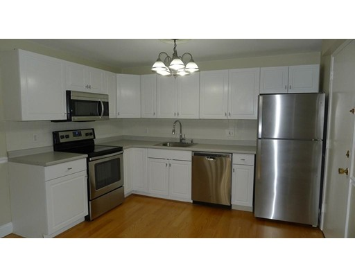 Condominium for Rent at 25 Clarks Rd. #302 25 Clarks Rd. #302 Amesbury, Massachusetts 01913 United States