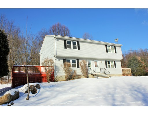 Townhouse for Rent at 14 North Farms Road #A 14 North Farms Road #A Williamsburg, Massachusetts 01039 United States