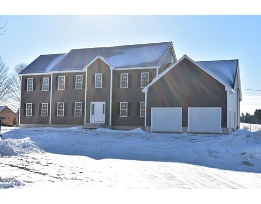 واحد منزل الأسرة للـ Sale في 441 Old Ayer Road 441 Old Ayer Road Groton, Massachusetts 01450 United States