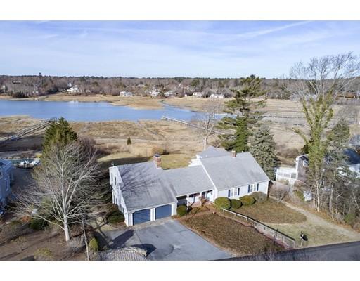 Частный односемейный дом для того Продажа на 12 Midway Road 12 Midway Road Duxbury, Массачусетс 02332 Соединенные Штаты