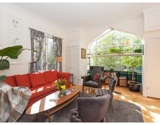 Appartement en copropriété pour l à louer à 3 Greenough Avenue #1 3 Greenough Avenue #1 Cambridge, Massachusetts 02139 États-Unis