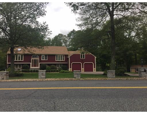 Maison unifamiliale pour l Vente à 55 Maple Street 55 Maple Street Milford, Massachusetts 01757 États-Unis