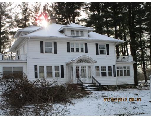 Single Family Home for Sale at 135 Central Street 135 Central Street Auburn, Massachusetts 01501 United States