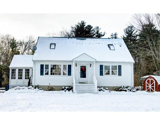 واحد منزل الأسرة للـ Sale في 10 Merilda Avenue 10 Merilda Avenue Chelmsford, Massachusetts 01863 United States