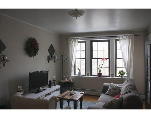 Condominio por un Alquiler en 100 Madison Ave #5 100 Madison Ave #5 Newton, Massachusetts 02460 Estados Unidos