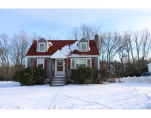独户住宅 为 销售 在 60 Leonard Street 60 Leonard Street Foxboro, 马萨诸塞州 02035 美国