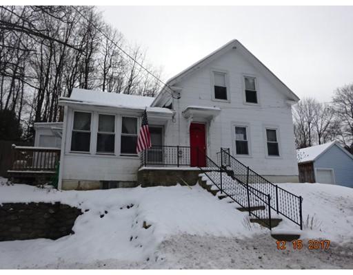 واحد منزل الأسرة للـ Sale في 102 S Main Street 102 S Main Street Ashburnham, Massachusetts 01430 United States