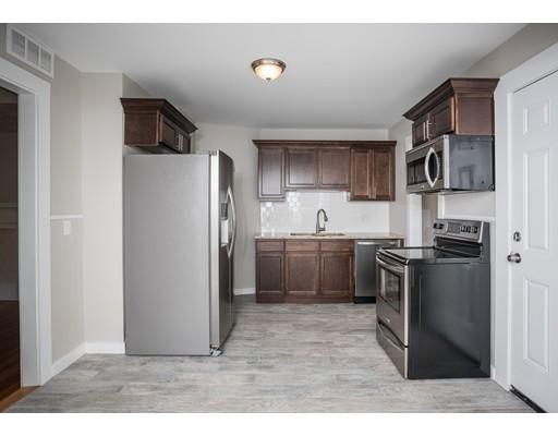 多户住宅 为 销售 在 20 New Ludlow Road 20 New Ludlow Road Chicopee, 马萨诸塞州 01020 美国