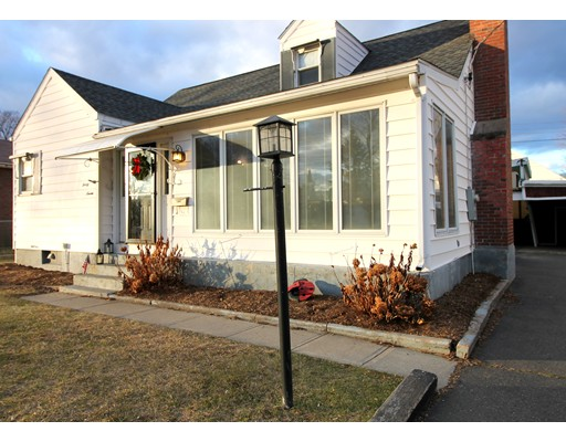 Casa Unifamiliar por un Venta en 37 Sherwood Ter 37 Sherwood Ter Holyoke, Massachusetts 01040 Estados Unidos