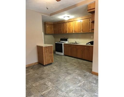 独户住宅 为 出租 在 50 York Street Fall River, 02721 美国