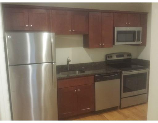 Квартира для того Аренда на 277 Pawtucket Street #2C 277 Pawtucket Street #2C Lowell, Массачусетс 01854 Соединенные Штаты