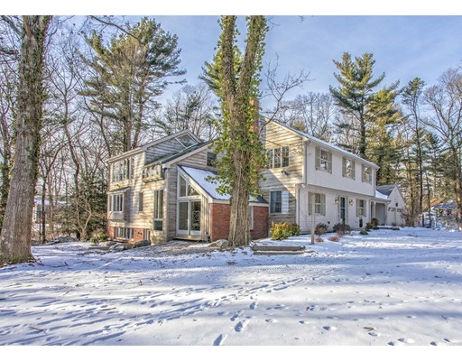 Single Family Home for Sale at 4 Thayer Farm Road 4 Thayer Farm Road Attleboro, Massachusetts 02703 United States