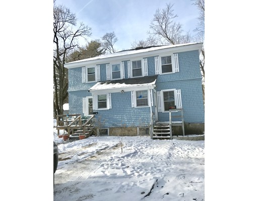 Casa unifamiliar adosada (Townhouse) por un Alquiler en 80 North Main St. #1 80 North Main St. #1 Sharon, Massachusetts 02067 Estados Unidos