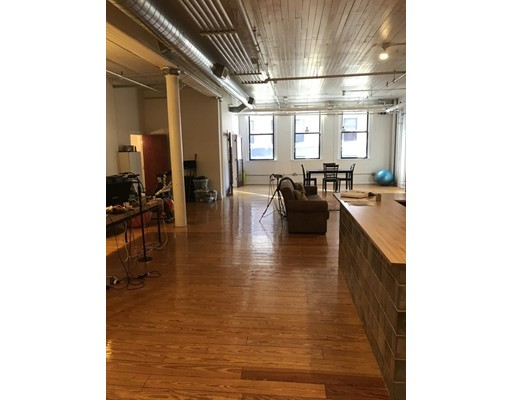 Condominium for Sale at 107 South Street 107 South Street Boston, Massachusetts 02111 United States