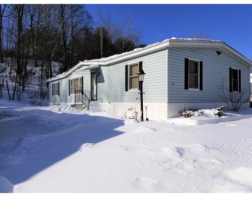 独户住宅 为 销售 在 8 Parkwood Drive 8 Parkwood Drive West Springfield, 马萨诸塞州 01089 美国