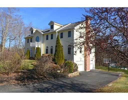 Maison unifamiliale pour l Vente à 419 Lancaster Avenue 419 Lancaster Avenue Lunenburg, Massachusetts 01462 États-Unis