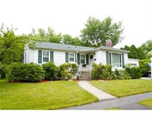 Casa Unifamiliar por un Alquiler en 3 Pine Tree Lane #SF 3 Pine Tree Lane #SF Worcester, Massachusetts 01609 Estados Unidos