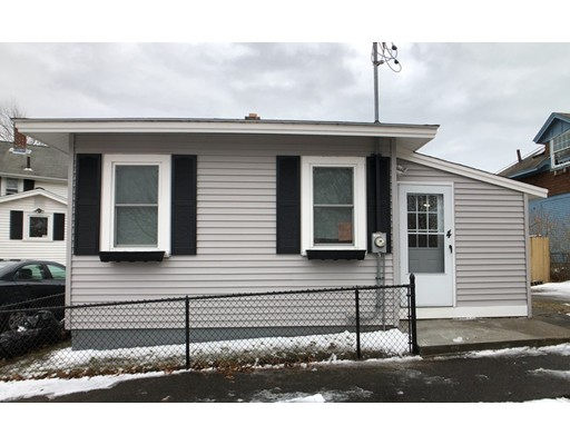 Single Family Home for Sale at 4 West Blvd. Wareham, 02558 United States