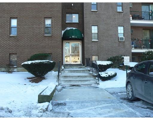 Appartement en copropriété pour l à louer à 11 Riverside Ave #201 11 Riverside Ave #201 Danvers, Massachusetts 01923 États-Unis