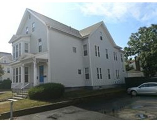 واحد منزل الأسرة للـ Rent في 5 Upland Road 5 Upland Road Brockton, Massachusetts 02301 United States