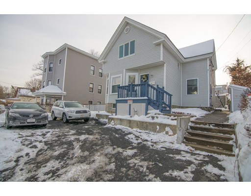 独户住宅 为 销售 在 15 Placeeasant Place 15 Placeeasant Place Lawrence, 马萨诸塞州 01841 美国