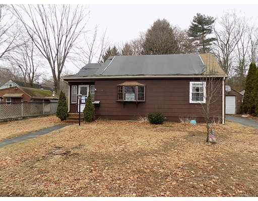 Single Family Home for Sale at 4 HAMMOND Road Hopedale, Massachusetts 01747 United States