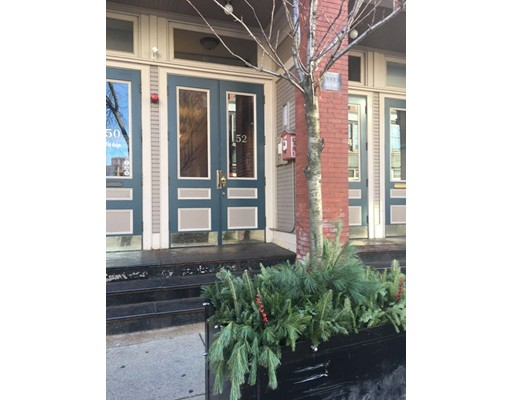 独户住宅 为 出租 在 52 Washington Street Haverhill, 马萨诸塞州 01832 美国