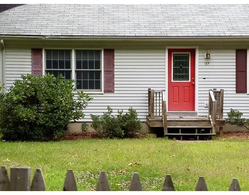 Частный односемейный дом для того Продажа на 137 Daniels Road 137 Daniels Road Charlton, Массачусетс 01507 Соединенные Штаты