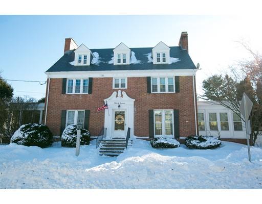واحد منزل الأسرة للـ Sale في 37 Park Street 37 Park Street Danvers, Massachusetts 01923 United States