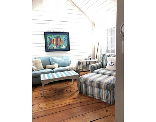 共管式独立产权公寓 为 出租 在 5 Barney Ave #5 5 Barney Ave #5 马什皮, 马萨诸塞州 02649 美国